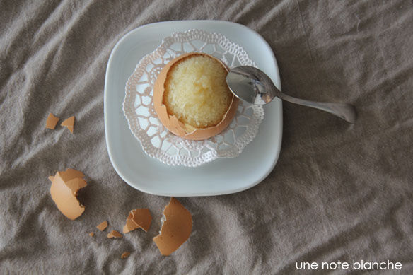 paques_oeuf_coquille_cassee