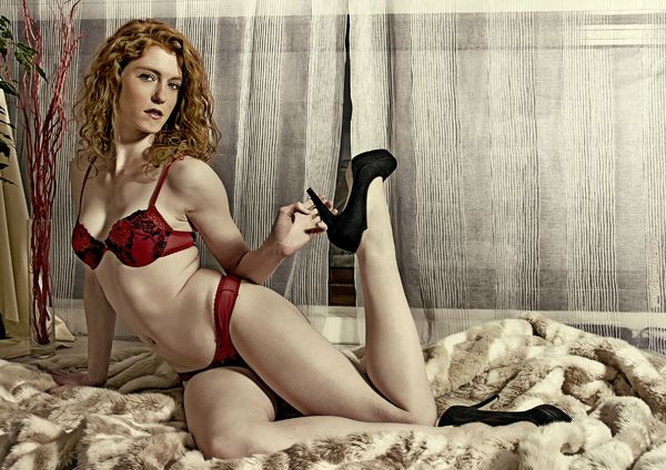 G345 - Pin-up d'avril