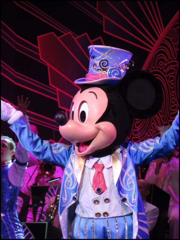 Mickey Christmas Big Band (38)