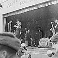 1954-02-17-korea-grenadier_palace-stage-020-3