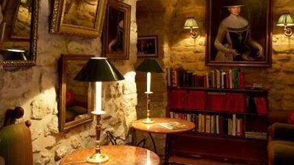 Interior+dEsign-+Glamorous HOTEL PARIS Duc de St Simon (12)