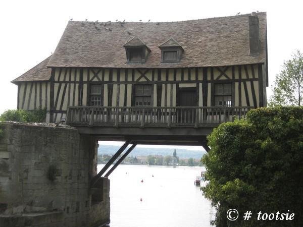Le vieux moulin (vernon)