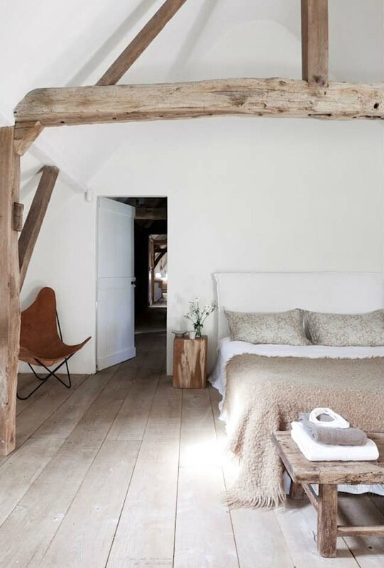 03-my-paradissi-neo-rustic-bedroom-Romain-Ricard