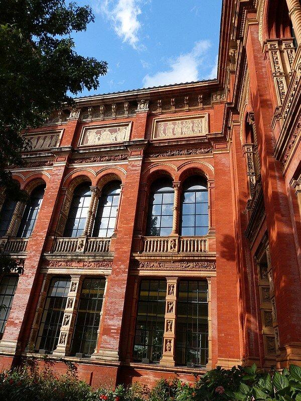 V ET A MUSEUM L07