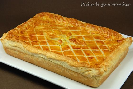 tourte de sanglier aux girolles et sauce au poivre p ch de gourmandise. Black Bedroom Furniture Sets. Home Design Ideas
