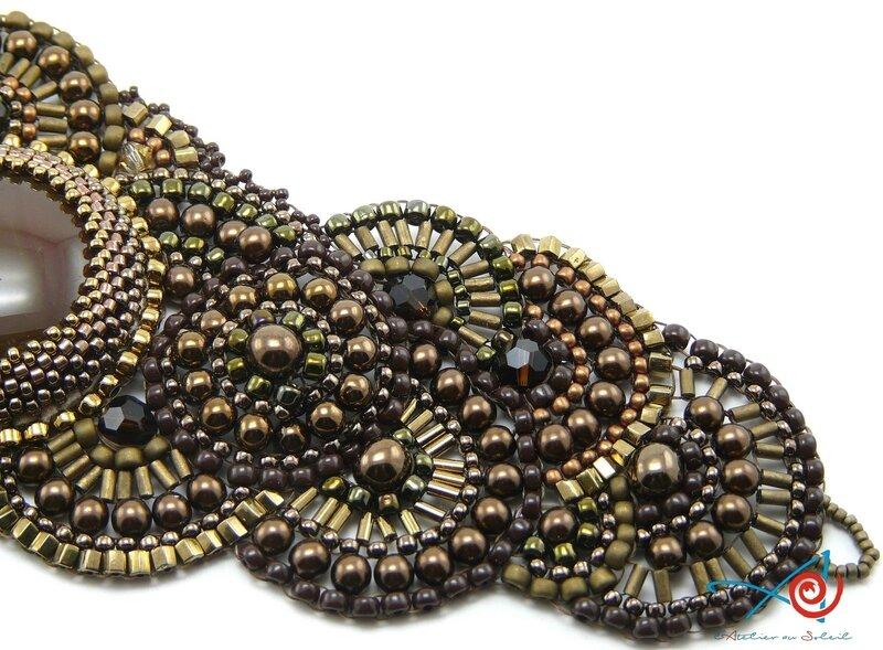 Bracelet brick stitch circulaire Maman - détail côté (Copier)