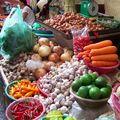 Etal de légumes colorés