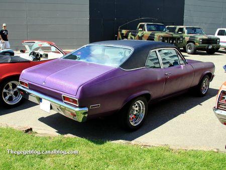 Chevrolet nova 2 portes coupé (1971-1972)(RegioMotoClassica 2010) 02
