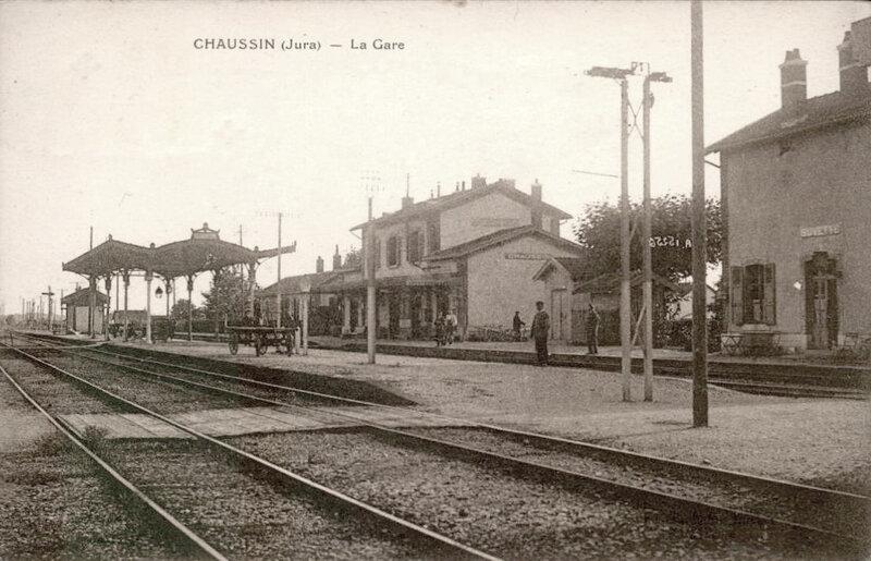 chaussin-39-la-gare-de-chemin-de-fer