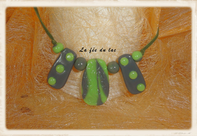 collier vert 2