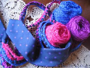 cravate_maille_au_doigt_crochet_3