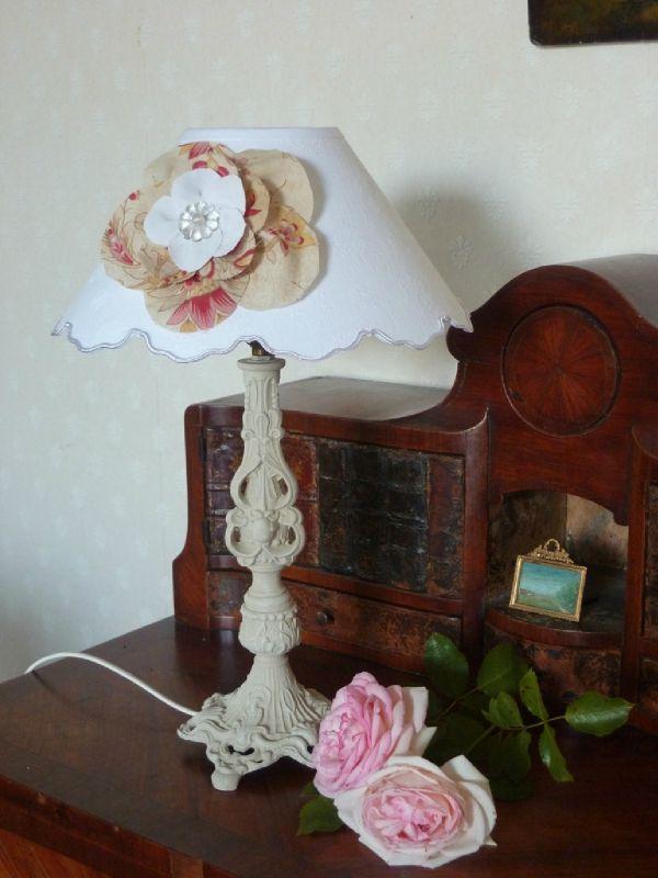 lampe patine lin abat-jour fleur tissu ancien