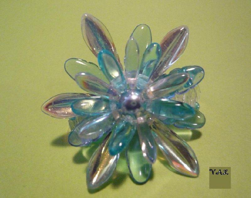 Marguerite bleu et cristal