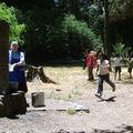 La visita del caballo: Camila corre buscar agua