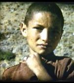 jeune-berbere-cirque-d-arround