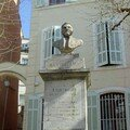 Cours des Platanes - Abbé Barthélémy... devant la maison natale