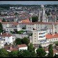 Saintes vue du haut de l'église saint eutrope (1)