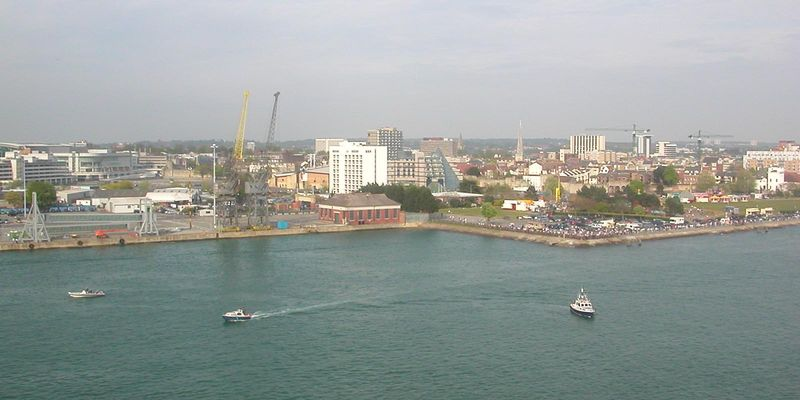 Southampton_from_Aurora_01