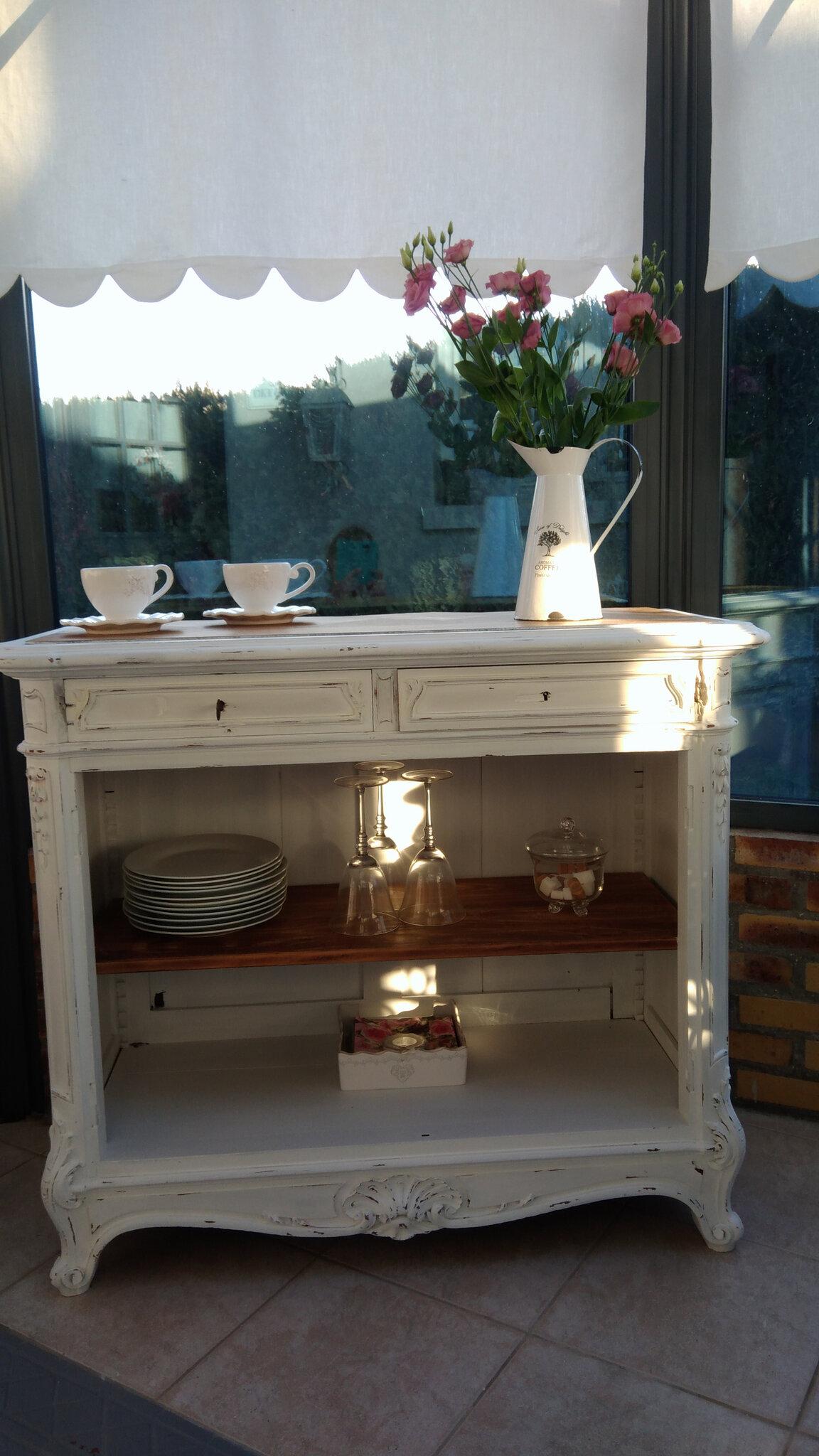 Ancien buffet patiné blanc de blanc et plateau en chêne ...