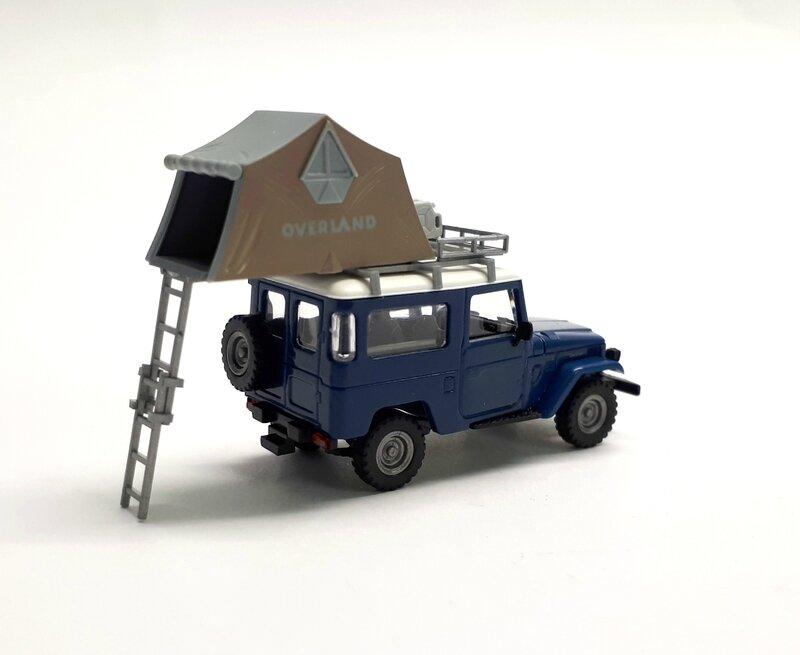 #43007-Toyota Land Cruiser camping (4)