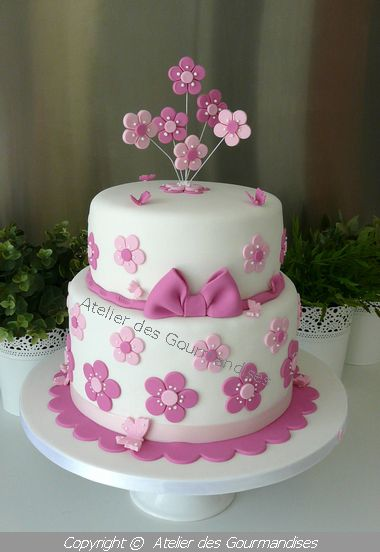 atelier des gourmandises wedding cake rose/blanc