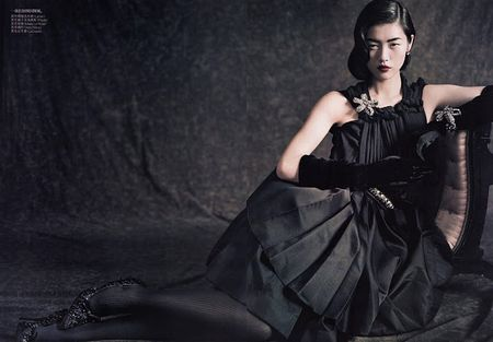 Liu_Wen___Vogue_China_September_2010___4