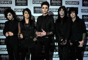 black-veil-brides-kerrang-awards-2012-01