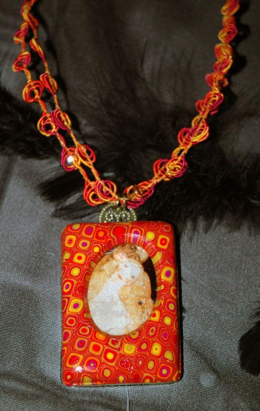 In_Love_by_Klimt_Pendentif_en_pâte_fimo_2