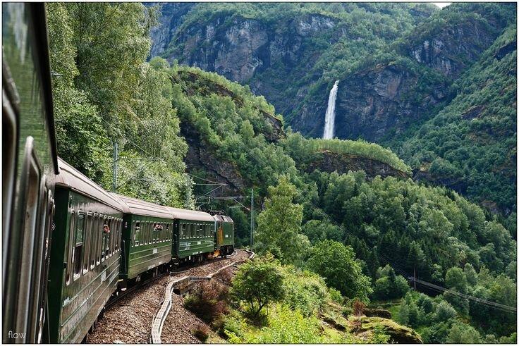 Ligne Oslo-Bergen_plus beau trajet en train du monde
