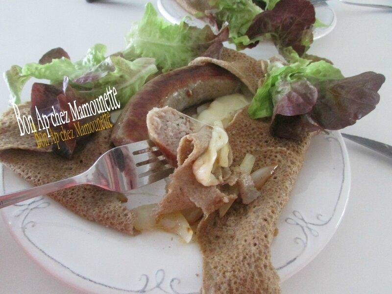 Galette au blé noir à la saucisse fraîche bretonne 022