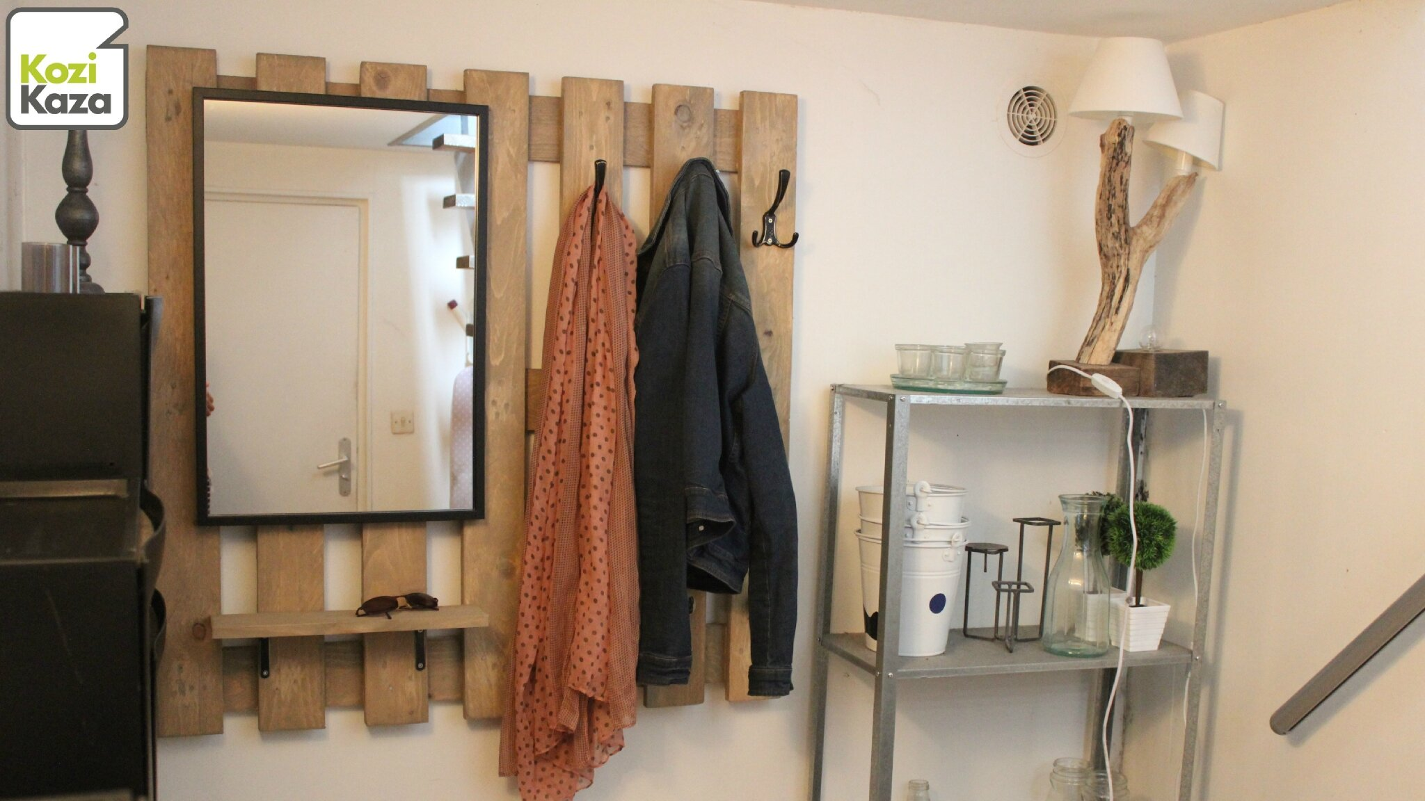 Banc D Entrée En Palette diy palette recup - un porte manteau et rangement