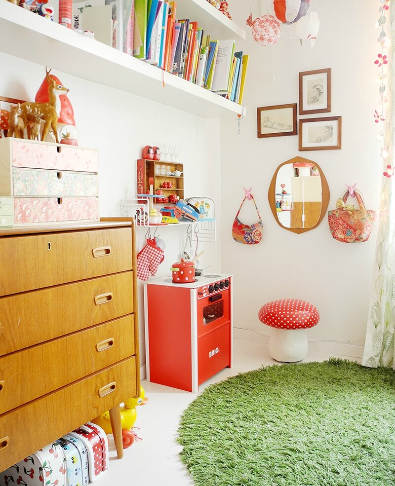 une chambre d 39 enfant aux airs vintage d couverte pitimana le blog. Black Bedroom Furniture Sets. Home Design Ideas