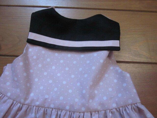 Robe LOUISE ne coton rose à pois blancs et lin noir (16)