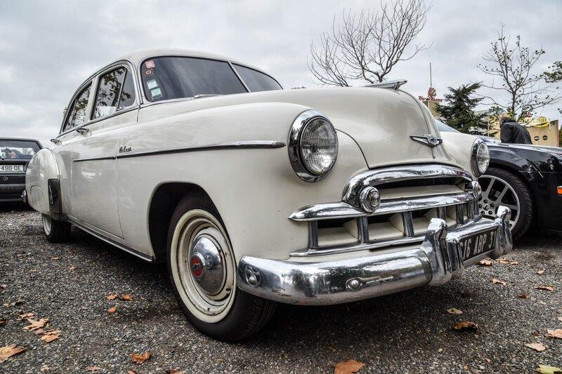 Chevrolet Sedan Deluxe