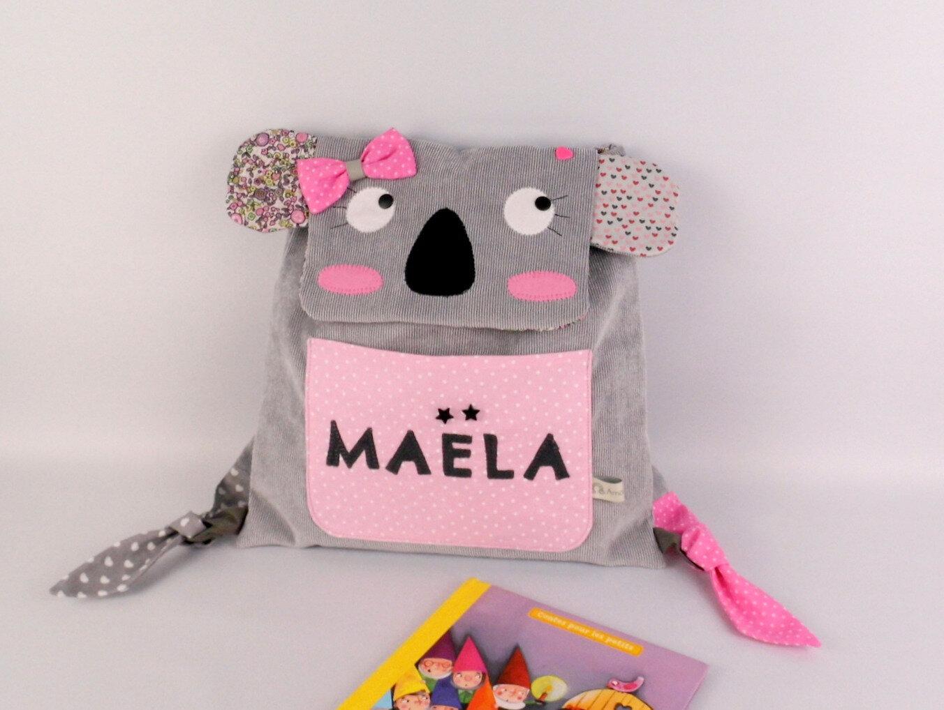 Sac à dos enfant personnalisé Maëla koala sac fille gris rose liberty première rentrée école maternelle crèche sac à dos bébé personnalisable cadeau anniversaire jeune enfant