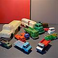 Des camions en plastique de 3 francs, 6 sous comme on le disait à l'époque de la fabrication de ces jouets de bazar !!!