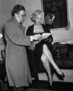 1955-01-28-NY-2-Gladstone_Hotel-030-1-with_fan-john_reiley_from_monroeSix-1