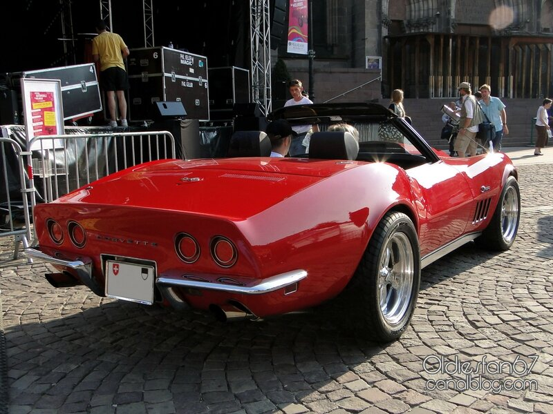 chevrolet-corvette-stingray-convertible-1969-02