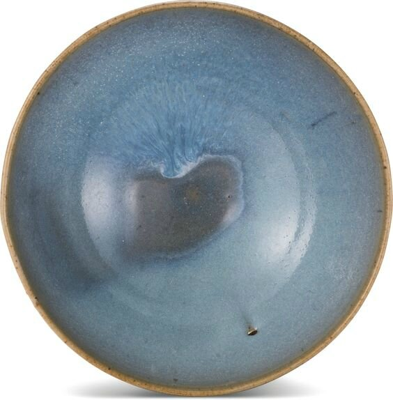 A large 'Jun' bowl, Song-Ming dynasty