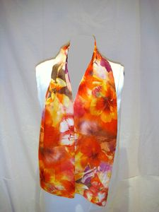 Foulard fleurs orange blanc flash paint1