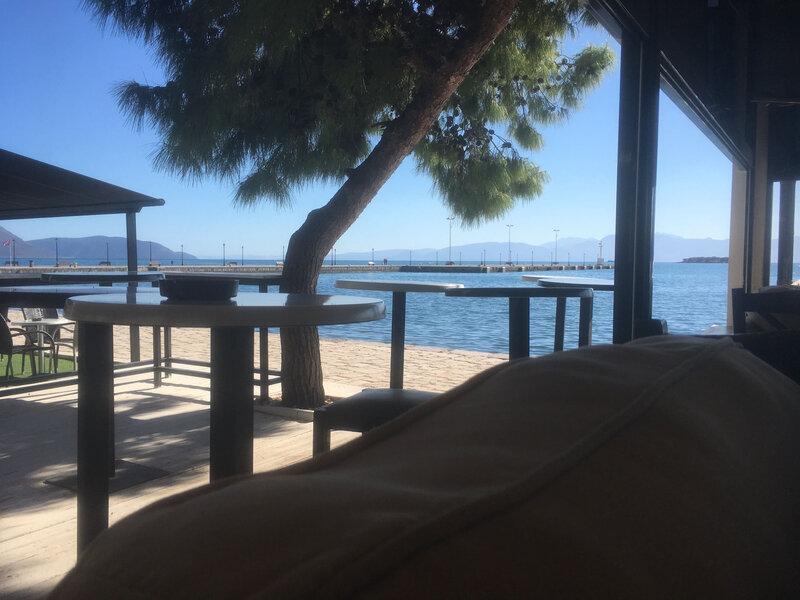 La terrasse du café, Itea 261018