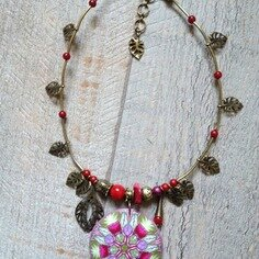 collier-collier-pendentif-ronde-des-fleurs-8677307-2014-05-04-18