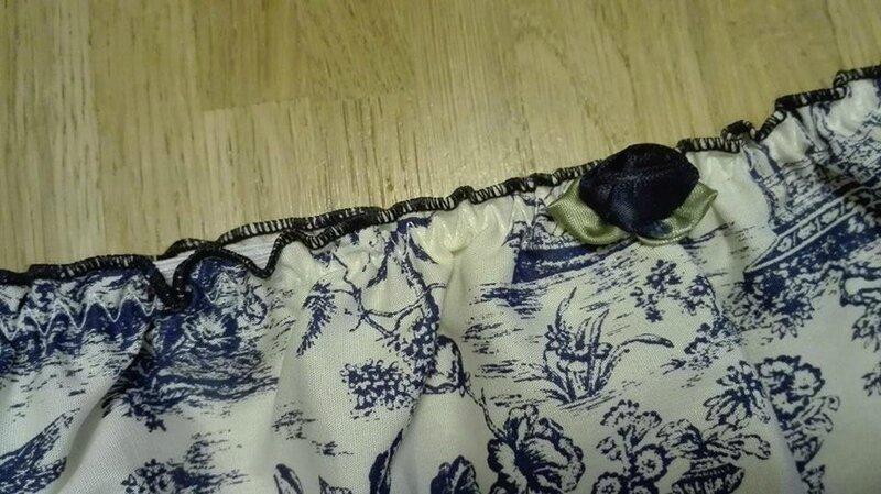Culotte CHARLOTTE en coton écru imprimé toile de jouy bleu - rose marine - taille M(2)