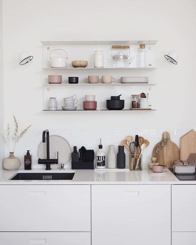 etageres dans la cuisine moderne (7)