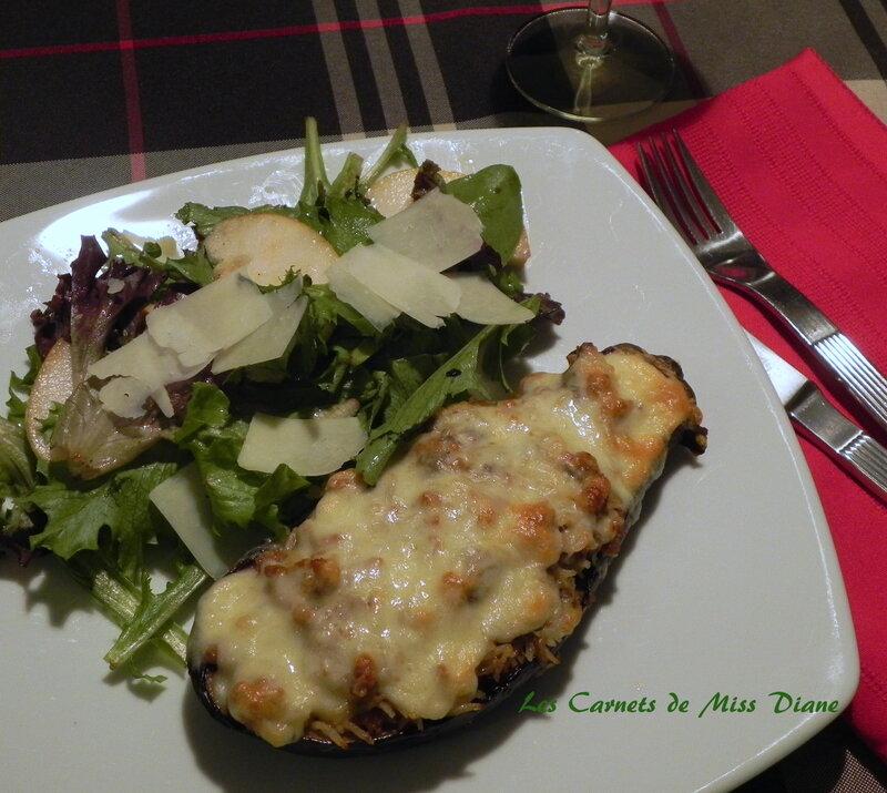Aubergine farcie à la saucisse italienne, sans gluten et sans lactose