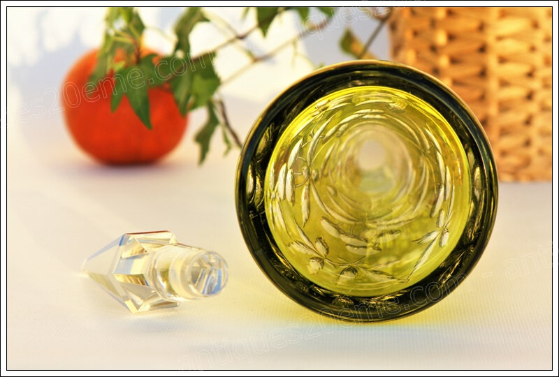 Rare carafe cristal Baccarat Fantaisie