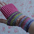 Camp out fingerless mitts pour liline