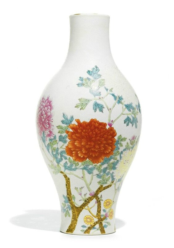 Rare Chinese Vase Used As Bedroom Lamp Leads Sothebys Sale Of