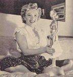 1951_52_Marilyn_whitechemisier_award010