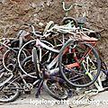 saint louis - vélos sur le trottoir
